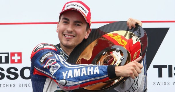 A vital victory in his title defence for Jorge Lorenzo.